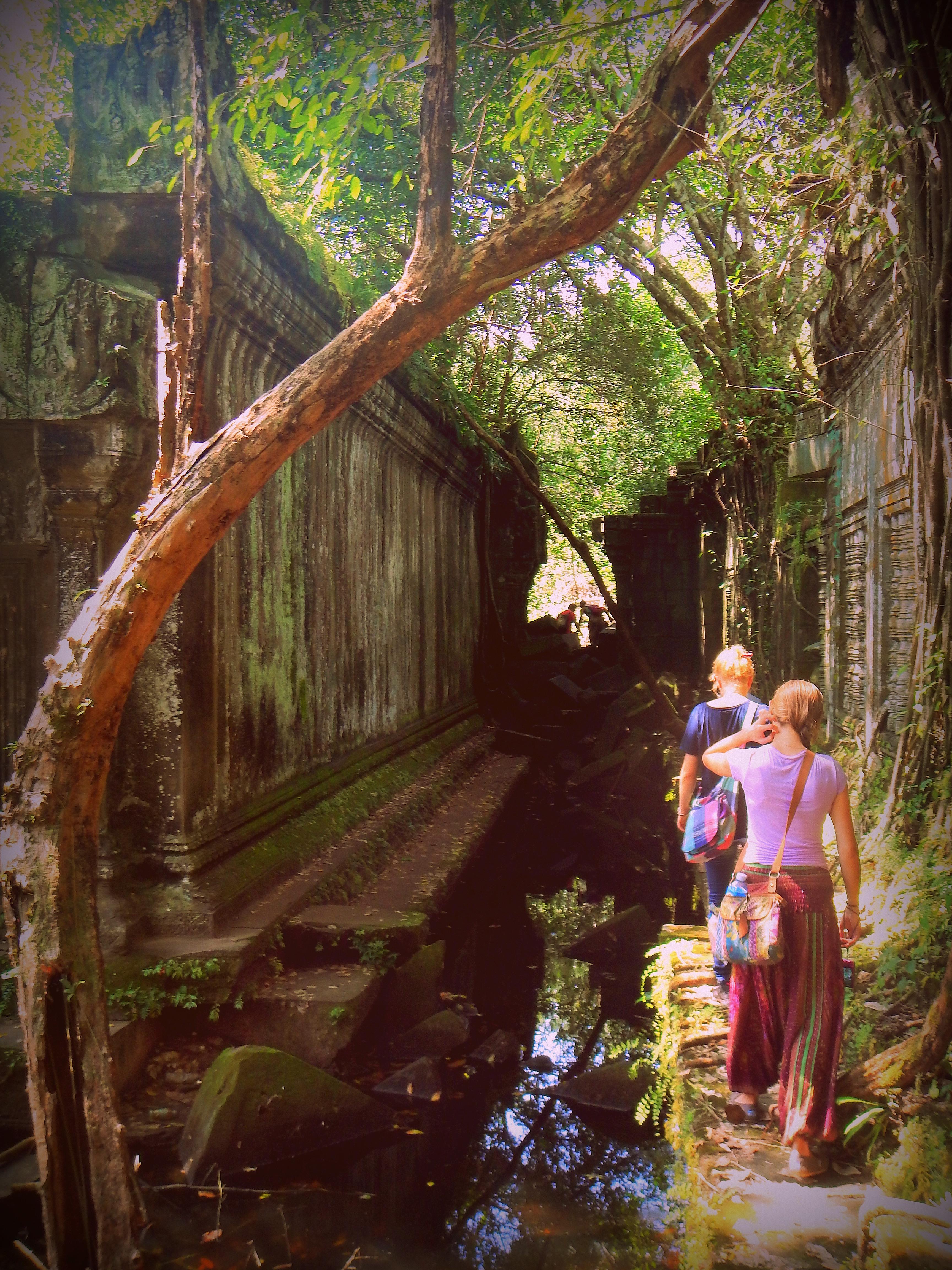 Exploring Beng Mealea