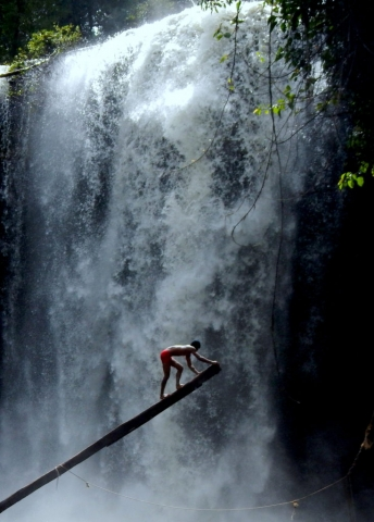 A real-life Mowgli at Kulen Waterfall
